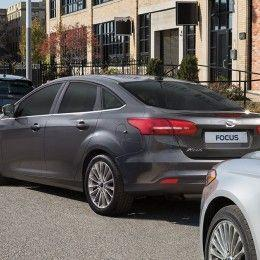 Ford Focus Fastback 2016 1